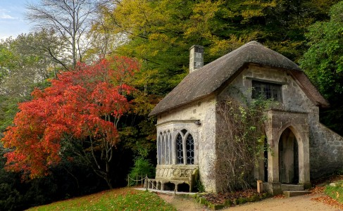 Watch Cottage Jigsaw Puzzle