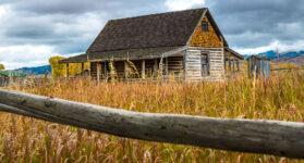 Western Log House