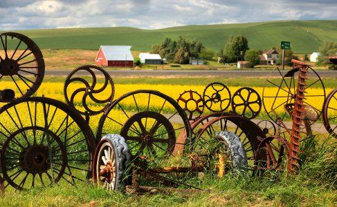 Wheel Rim Fence Jigsaw Puzzle