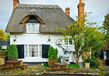 White Brick Cottage Jigsaw Puzzle