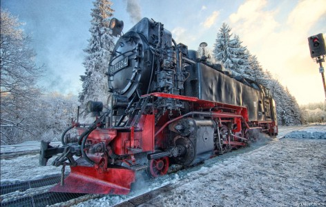 Winter Locomotive Jigsaw Puzzle