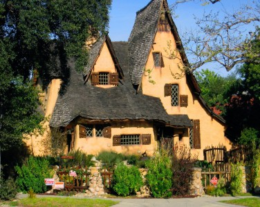 Witch's House Jigsaw Puzzle